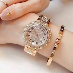 A silver pocket watch is something other pieces of jewelry are not: it is timeless. Stylish Watches For Girls, Trendy Watches, Cute Watches, Cheap Watches, Elegant Watches, Beautiful Watches, Lila Outfits, Girls Wrist Watch, Accessoires Iphone
