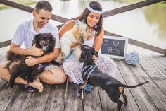 E-session da Miriam com o Cleber, eles se conheceram em um site de adoção de cães e são apaixonados por esses bichinhos. Vem ler!