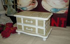 Perfectly cute, romantic, French shabby style jewelry box. Hand painted using Annie Sloan chalk paints Versailles & Old White and distressed.