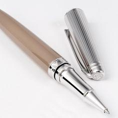 BETHGE ist der perfekte Online Shop für elegante Stifte, edle Notizbücher und schöne Accessoires fürs Büro und den Schreibtisch | creme guides