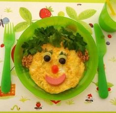 çocuklar için surat şekilli omlet