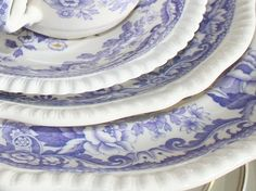 Vintage Dishes | Seen at an Antique Store in Pontiac Michig… | By: sunshinesyrie | Flickr - Photo Sharing!