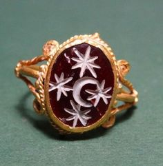 Ancient & Medieval History - Roman Carnelian Moon and Stars Ring, AD Renaissance Jewelry, Ancient Jewelry, Antique Jewelry, Vintage Jewelry, Viking Jewelry, Antique Rings, Sea Glass Jewelry, Fine Jewelry, Bling Bling