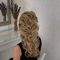 Peinado cascada [Video] in 2019 Up Hairstyles, Braided Hairstyles, Wedding Hairstyles, Pageant Hairstyles, Formal Hairstyles For Long Hair, Pretty Hairstyles, Waterfall Hairstyle, Hair Up Styles, Hair Videos