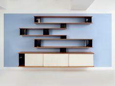 Charlotte Perriand,Bibliothèque reposant sur bahut - Galerie Downtown