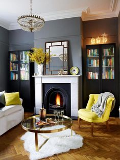 Here's the Newest styles on living room ideas #livingroomideas Dark Living Rooms, New Living Room, Living Room Sets, Home And Living, Living Room Designs, Modern Living, Small Living, Colourful Living Room, Stylish Living Rooms