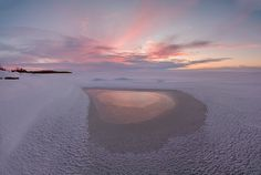 Winter sunset on Chudskoy lake - Winter landscape with the silhouette of the heart. Composition of nature. Lake Photography, Street Photography, Portrait Photography, Photography Ideas, Lake Photos, Winter Sunset, Winter Landscape, Wide Angle, Travel Photos