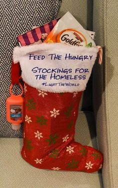 Feed the Hungry: Stockings for the Homeless – Best Baby And Baby Toys Homeless Bags, Homeless Care Package, Homeless Shelters, Homeless People, Diy Christmas Gifts, Holiday Gifts, Christmas Ideas, Xmas, Christmas Child