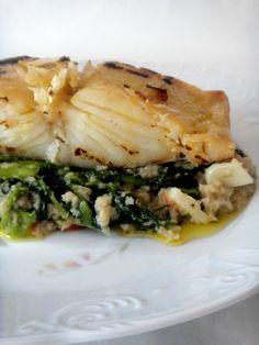 Bacalhau é dos peixes que mais se consome cá em casa, por isso tento fazer sempre receitas diferentes. Esta receita vinha na revista Mu...