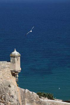 Alicante (Spain). Mar Mediterráneo desde el Castillo de Santa Bárbara en Alicante