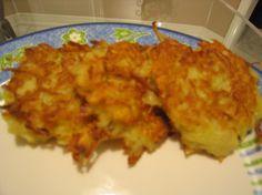 Make and share this Hungarian Potato Pancakes recipe from Genius Kitchen. Potato Recipes, New Recipes, Cooking Recipes, Favorite Recipes, Pancake Recipes, Pancake Flavors, Pancake Dessert, Crepe Recipes, Dessert Bread