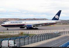 Aeromexico - Boeing 777-200ER N746AM @ Madrid Barajas LEMD, Espagne.