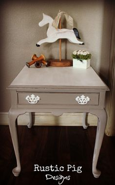 The Rustic Pig: French End Table This lady is furniture makeover genius! ❤This blog