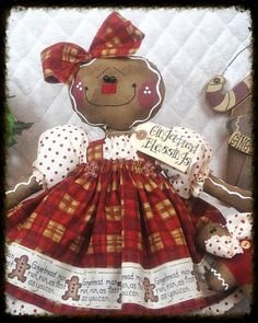 """♥♥ Primitive LG Raggedy Gingerbread Doll """"Cookie"""" ♥♥ from Ginger Creek Crossing Christmas Gingerbread Men, Gingerbread Decorations, Primitive Christmas, Christmas Candy, Christmas Decorations, Felt Crafts, Diy And Crafts, Christmas Crafts, Ginger Bread"""