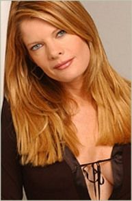 For those of you who missed the Young and the Restless actress Michelle Stafford's (Phyllis Newman) Lifetime movie. Bold And The Beautiful, Gorgeous Women, Beautiful People, Cool Haircuts, Cool Hairstyles, Hairdos, Michelle Stafford, New Hair Do, Natural Redhead