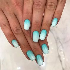 Sea Mood With Blue Shades Ombre ❤ 30 beste Ideen, wie man Ombre Nails Designs macht . Fancy Nails, Cute Nails, Pretty Nails, My Nails, Summer Acrylic Nails, Summer Nails, Summer Nail Polish, Ombre Nail Designs, Nail Art Designs