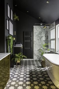 Bathroom design black brass 46 ideas for 2019 Dark Bathrooms, Upstairs Bathrooms, Dream Bathrooms, Long Narrow Bathroom, Mansion Bathrooms, Art Deco Bathroom, Loft Bathroom, Neutral Bathroom, Bathroom Marble