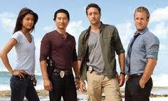 Hawái Cinco-0 e unha serie de crime e drama estadounidense, un remake da serie de televisión orixinal de 1968-1980. Nesta serie séguese a unha unidade de élite da policía estatal/grupo de traballo creado para combatir a delincuencia no estado de Hawái. A serie estase a emitir en varias cadeas do grupo Mediaset.