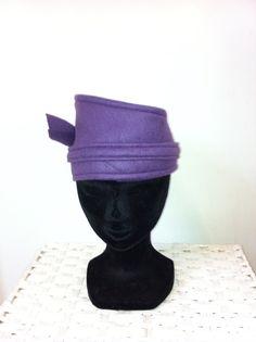 Paars fleece hoofdband door FoxandThimble101 op Etsy https://www.etsy.com/nl/listing/211983819/paars-fleece-hoofdband