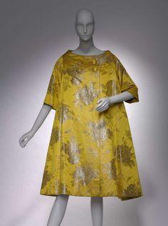 Coat    Arnold Scaasi, 1958    The Museum of Fine Arts, Boston