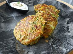 Il y avait bien longtemps que nous n'avions pas réalisé ces galettes de légumes aux flocons d'avoine, une recette toute simple trouvée sur...