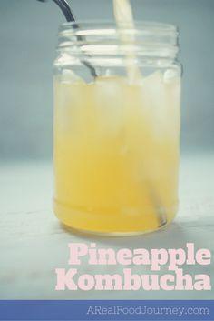Pineapple Kombucha Recipe In Flip Top Bottles - A Real Food Journey Kombucha Flavors, How To Brew Kombucha, Kombucha Tea, Kombucha Brewing, Flavored Kombucha Recipe, Benefits Of Kombucha, Kombucha Probiotic, Kombucha Cocktail, Health Benefits