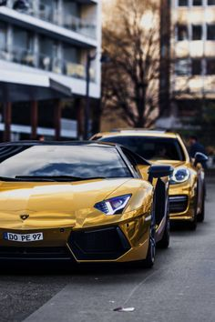 http://chicerman.com  myheartpumpspetrol:  Gold Dope | Source  #cars
