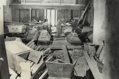 Restaurering av mausolem og kirke, Dønnes Fred, Memento Mori, 1, Painting, Crate, Painting Art, Paintings, Momento Mori, Painted Canvas