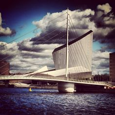 The Imperial War Museum (technically in Trafford) on the banks of Salford Quays, Manchester, United Kingdom, photograph by Anne-Marie Marshall. Daniel Libeskind, Salford, Different Perspectives, Peak District, Modern City, North Yorkshire, Modern Architecture, Liverpool, North Manchester