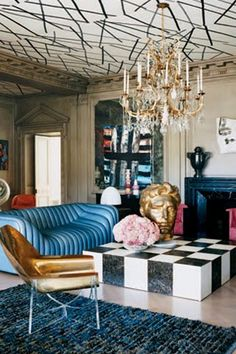 Check Out These Off The Wall Spaces Where Wallpaper Makes An Impact On The Ceiling