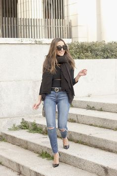 Black Sweater With Jeans | BeSugarandSpice - Fashion Blog