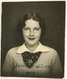Photo Booth-Jane Oliver-1939... looks like Drew Barrymore