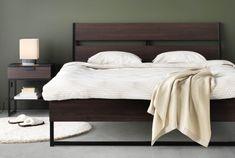 În unele duminici patul poate fi cel mai bun prieten al tău. Ikea Bedroom, Trysil, Master Bedrooms Decor, Furniture, Ikea Bed, Headboard Storage, Ikea Trysil, Home Furniture, Furniture Assembly