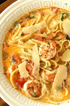 Nadia G's Bitchin Kitchen's Fettuccine Rose with Shrimp is a little soupy but has great flavours. Comes from Rock Your Kitchen–And Let the Boys Clean Up the Mess.