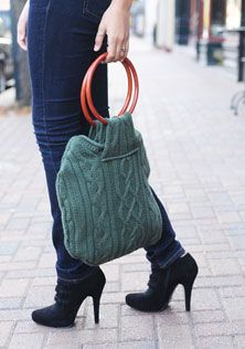 Purse?! Sweater?! Purse!! Great idea that can be customized with any sweater and hardware.