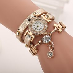 Fashion Casual Long Leather Strap watches Women Popular Jewelry Ethnic Style Surround the Wrist Quartz Watch Clock Bling Bling, Hot Bling, Fashion Accessories, Fashion Jewelry, Silver Pocket Watch, Beautiful Watches, Gold Leather, Watch Brands, Diamond Pendant