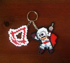 Assassin´s Creed keyring hama mini beads by Freak Artisan