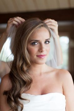 Photo 17 of 42 - Wedding Hair Down To One Side Side Swept Hair Of Simple Wedding Hairstyles For 2016