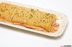 Receita de Torta de camarão. Descubra como cozinhar Torta de camarão de maneira prática e deliciosa com a Teleculinária!