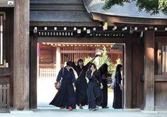 The Kanagawa University (Hiratsuka) Kendo Team by kiri-fuda, via Flickr