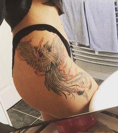 REPRODUÇÃO Side Tattoos, Body Art Tattoos, Bird Tattoos For Women, Exotic Birds, Tattoo Inspiration, Tatting, Tattoo Ideas, Phoenix Tattoos, Ink