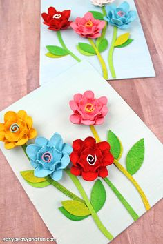 Egg Carton Flowers - Easy and gorgeous egg cartoon craft for kids. We love recycled crafts and these egg carton flowers are the best example. A perfect spring craft for kids and an even better kid made Mother's day craft.