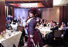 英國人對茶的喜愛,演繹了獨特的下午茶文化,精美的茶點、別緻的瓷器和優雅的環境,她的獨特魅力也吸引著生活在溫哥華的華人朋友。