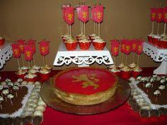 """Lannister party - Game of Thrones Birthday - """"red"""" chocolate pie"""