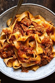 Crock Pot Rustic Italian Beef Ragu with pappardelle pasta. Crock Pot Rustic Italian Beef Ragu with pappardelle pasta. Think Food, I Love Food, Good Food, Yummy Food, Tasty, Slow Cooker Recipes, Crockpot Recipes, Cooking Recipes, Asian Desserts