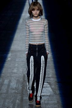 Alexander Wang Spring 2016 Ready-to-Wear Fashion Show