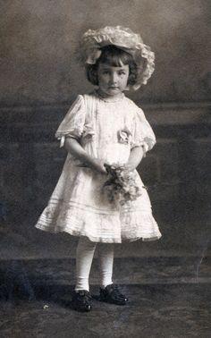 Blanche DeVroy, about 1900