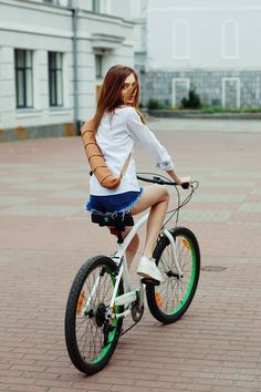 Baquette Bag, para que puedas ir en bici a por el pan. Qué os parece la idéa?