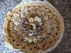 Torta a fiore di pasta sfoglia con Nutella