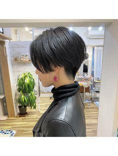 Short Hair Tomboy, Short Hair Outfits, Teen Girl Hairstyles, Short Bob Hairstyles, Corte Pixie, Korean Men Hairstyle, Shot Hair Styles, Hair Arrange, Pixie Haircut